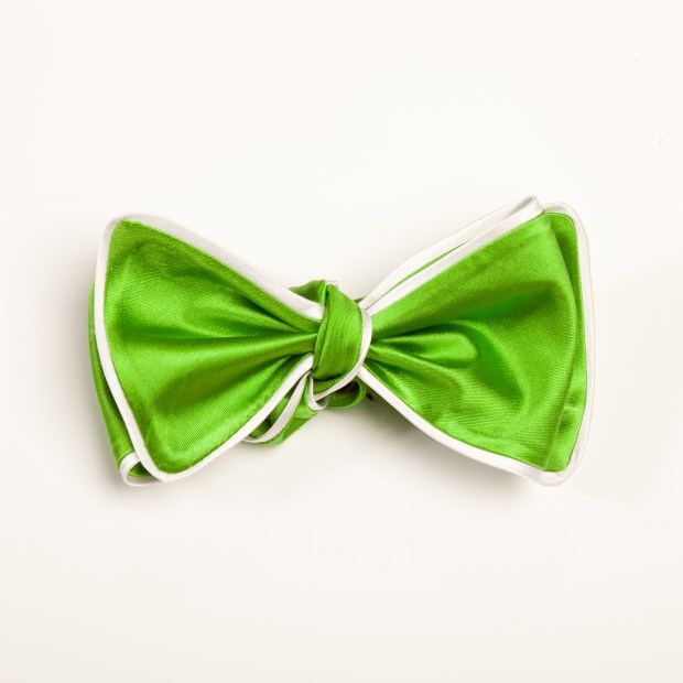 Inspired Knots Satin Green Bow Tie With White Piping