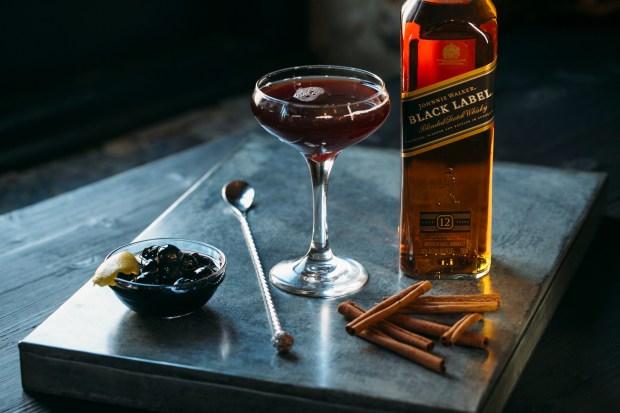 Johnnie Walker Black Label Coctel De Olla Cocktail Recipe