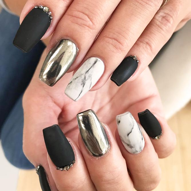 21 Edgy Ideas for Matte Black Nails to Break the Manicure Monotony ...