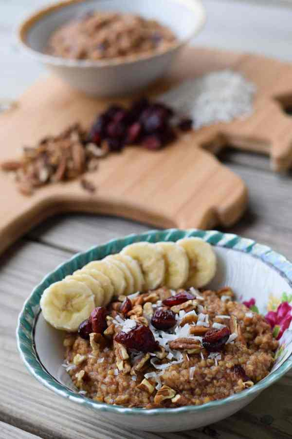 Apple cranberry oatmeal is a budget-friendly weight loss meal that is made in the Instant Pot