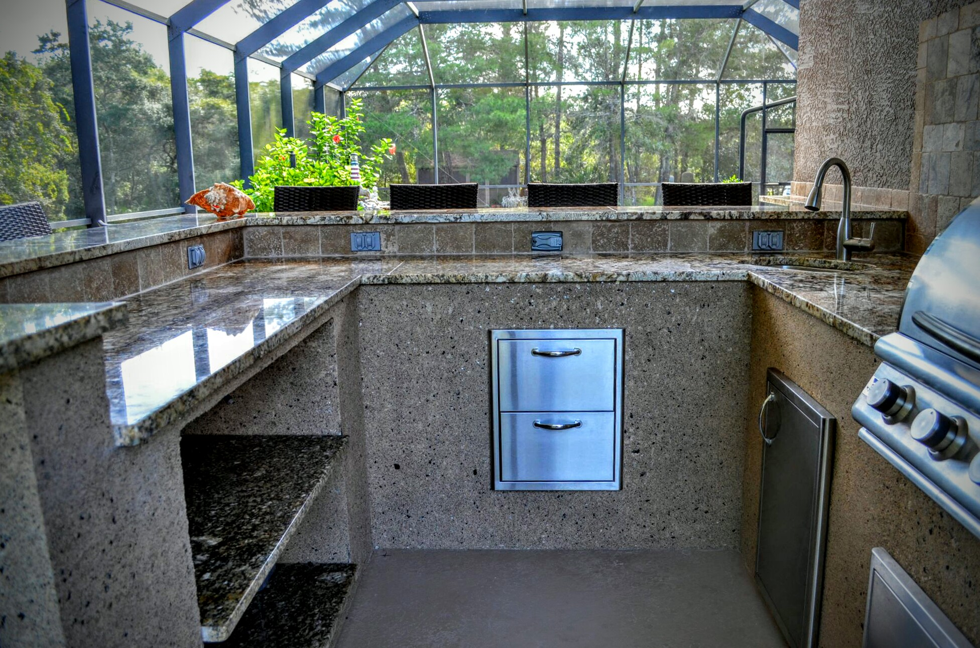 New Outdoor Kitchen Setup To Entertain Creative Outdoor