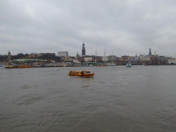 Blick auf Hamburgs Skyline