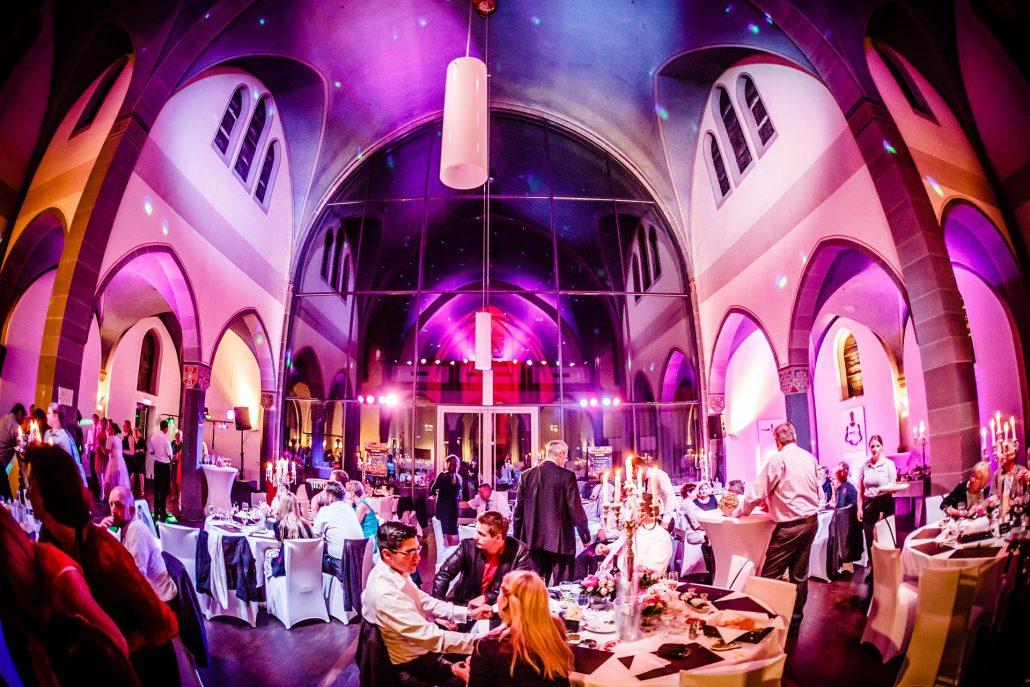 Hochzeitsfeier Mit Fullservice Planen Und Feiern Hochzeit Feiern