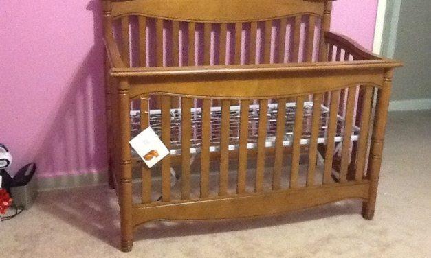 Review: Babi Italia Harrington Lifestyle Crib in Mocha