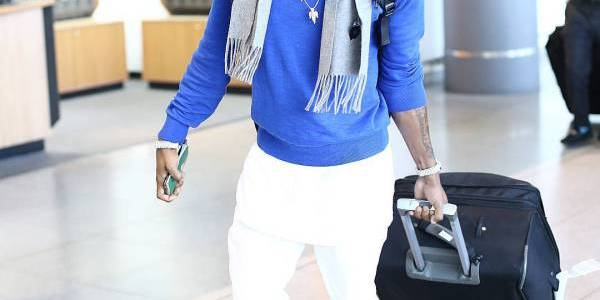 Diamond Platnumz Blue Sweatshirt and White Ripped Jeans