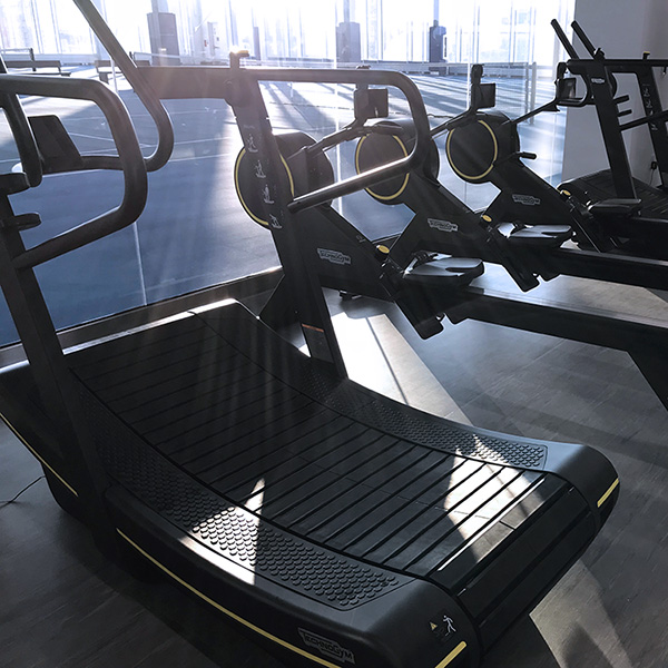 Review: We Found a Treadmill That Isn't Dead Boring to Use