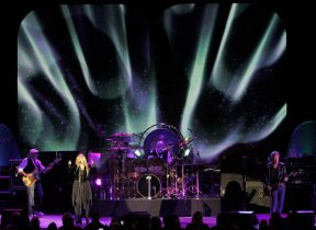 Fleetwood Mac (Lawrence K. Ho/Los Angeles Times)