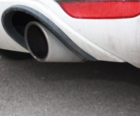 Diesel vehicles must be phased out altogether to achieve clean air, says report