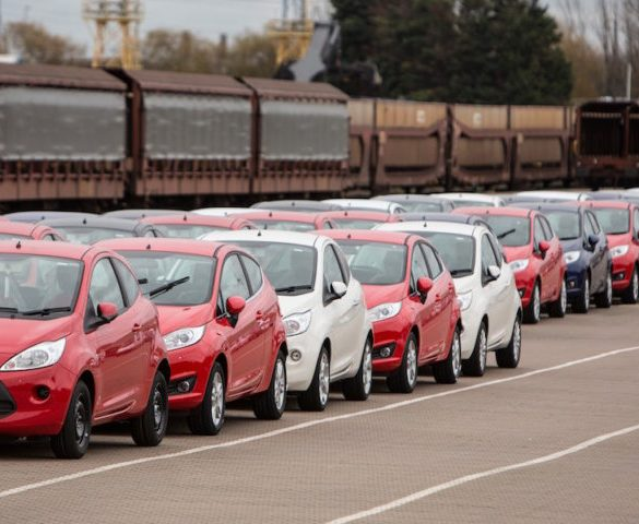 Exiting single market will add £1,500 to car prices, warns SMMT