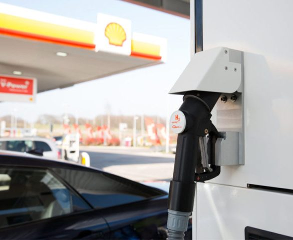 Shell opens its first hydrogen refuelling station in the UK