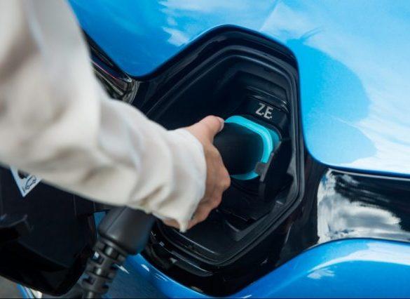 Renault develops EV smart charging app under new partnership