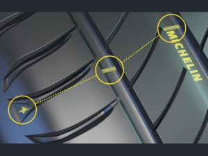 Wear indicators on the shoulder, bottom and tread grooves on the Michelin Primacy 4