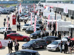 SMMT predicts falls in car registrations for 2017 and 2018