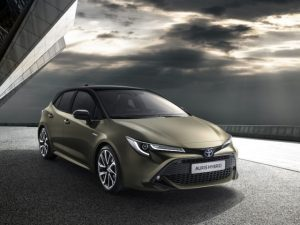 Like the C-HR, the new generation Auris will be offered only with petrol and HEV powertrains.