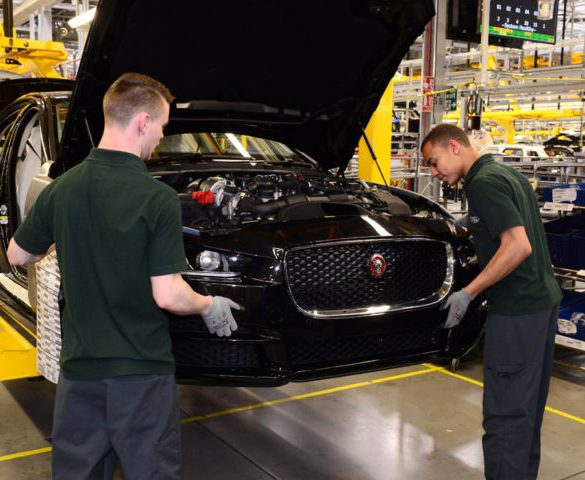 Double-digit decline for UK car manufacturing