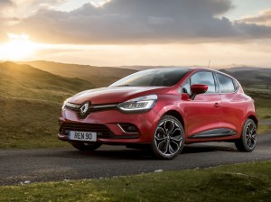 The Easylife scheme brings increased value and simplicity for the Clio, Captur and Mégane ranges