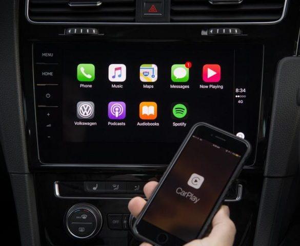 Apple opens CarPlay to Google Maps and Waze