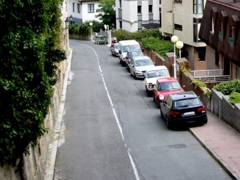 55% of the public don't want a pavement parking ban