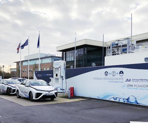 Hydrogen refuelling station opens in Swindon