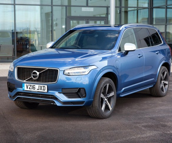 Volvo recalls nearly 70,000 UK cars following engine fire risk