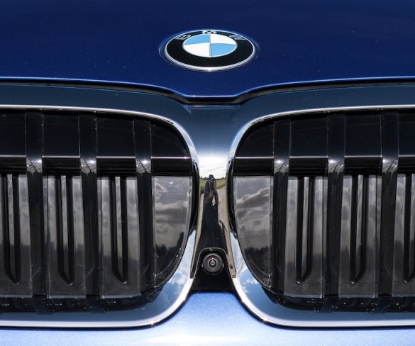 BMW software update to add built-in dashcam