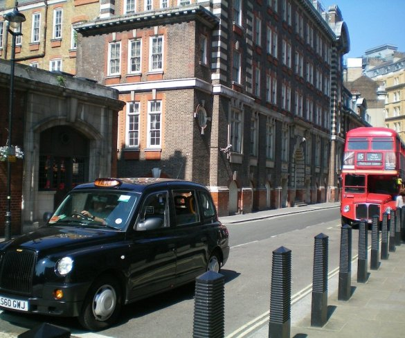 New standards to improve safety for taxi and PHV passengers