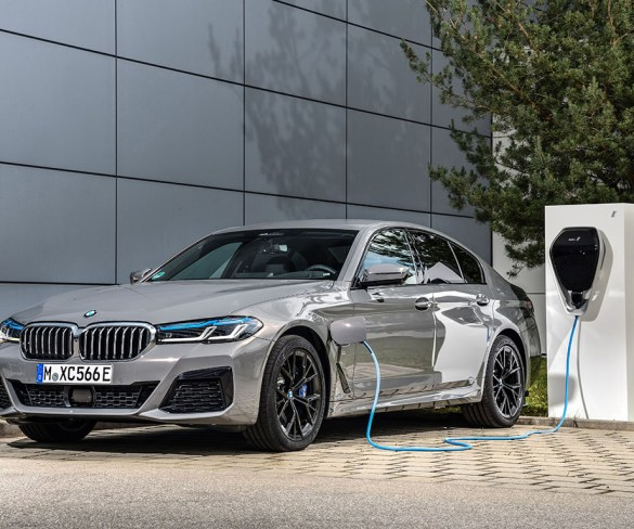 BMW 5 Series gets new straight-six powered plug-in option