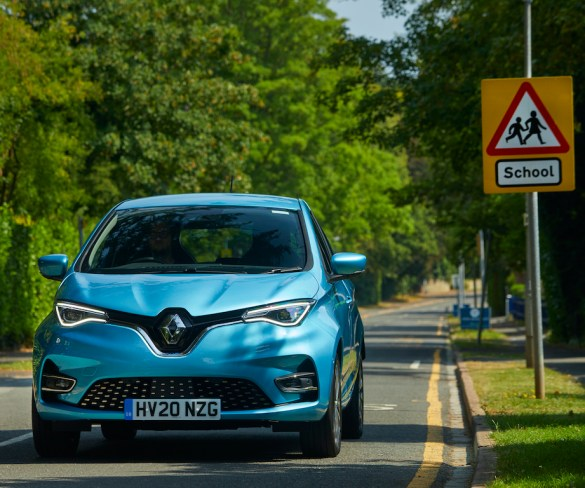Renault launches anti-idling campaign to tackle air quality outside schools