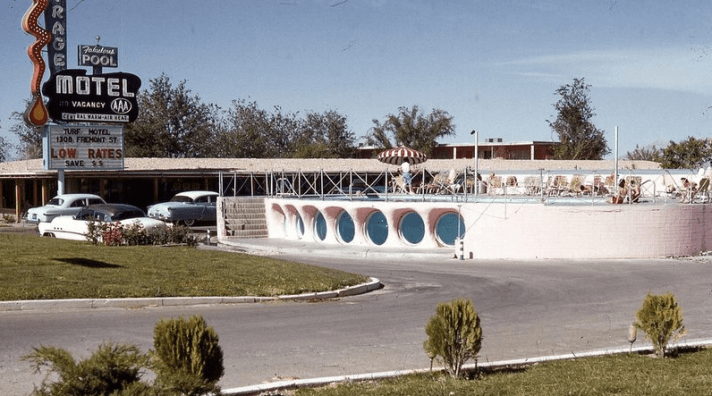 mirage-motel-pool