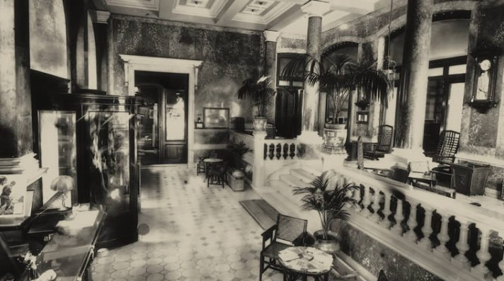 kristal-palas-lobby