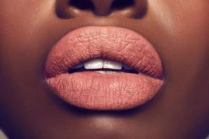 Gold Label Cosmetics 'Social Climber'