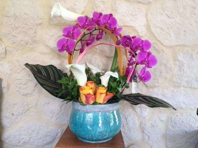 composition florale par Anne pour Fleurs Vert Tige, fleuriste à Roquebillière 06450