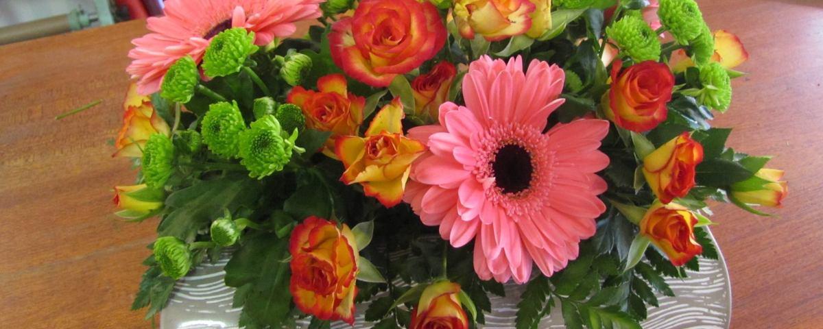 """Composition florale réalisée par Claire, pour """"Arum Essence"""", Artisan Fleuriste à Decazeville (12300)"""