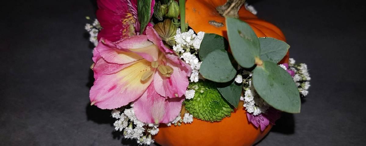 composition par Stéphanie pour l'écrin floral à Florensac-34510