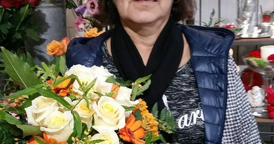 """Martine, Artisan fleuriste chez """"Martine Fleurs"""", à Six-Fours-Les-Plages (83140)"""