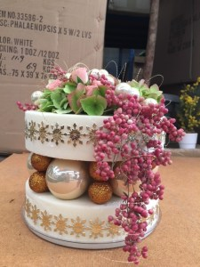 composition de Noël par Anne pour fleurs de vert tige à Roquebillière-06450