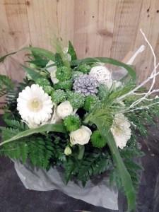 bouquet par jardin d'idée fleuriste à Chaingy-45380
