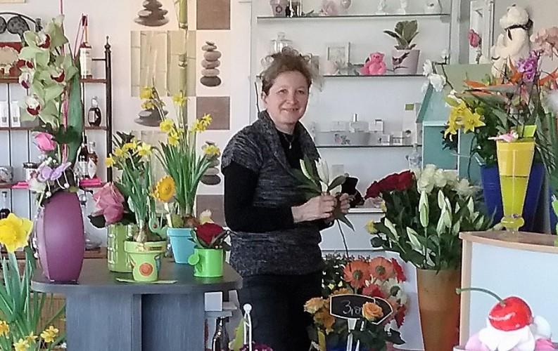 """Votre artisan fleuriste à Aussonne (31840), Marie-Hélène pour """"La Fée des Anges"""""""