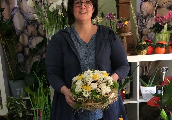 """Votre artisan fleuriste à Poix Terron (08430), Nathalie pour """"LE PIXIEN"""""""