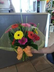 Envoyer des fleurs à Ablis avec votre fleuriste Graines de Tournesol