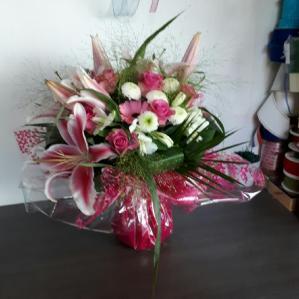 """Bouquet réalisé par """"Fleurs et Déco"""""""