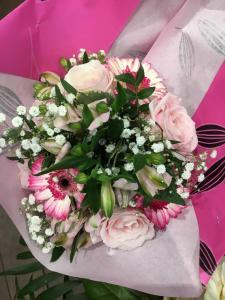 Envoyer des fleurs à Martigues avec votre fleuriste Fleurs de la Passion