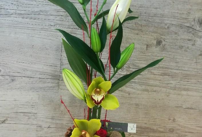 Envoyer des fleurs à Saint Alban d'Ay avec votre fleuriste La Fée d'Ay Fleurs