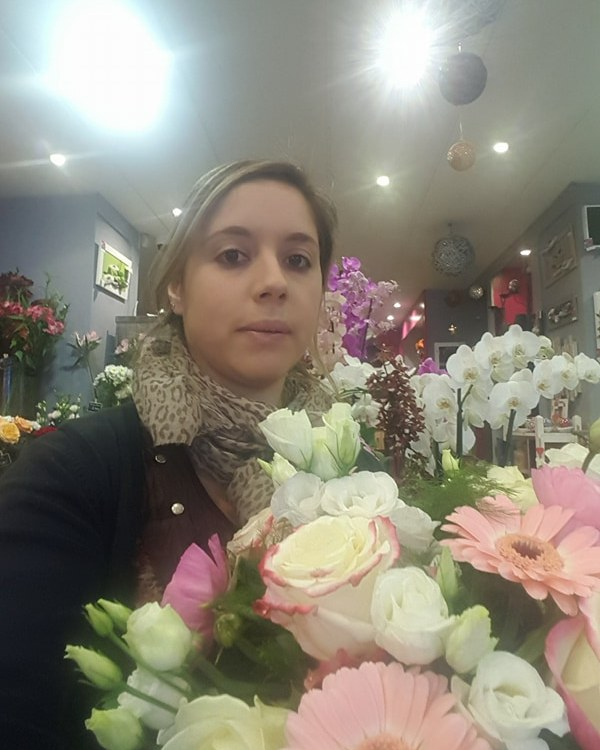 """Votre artisan fleuriste à Pau (64000), Emilie pour """"Hellebore"""""""
