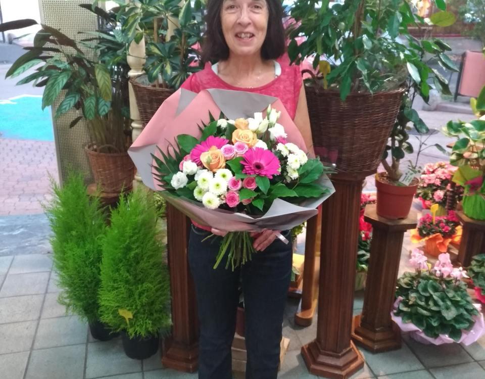 Sylvie gagnante du jeu Youpi Fleurs