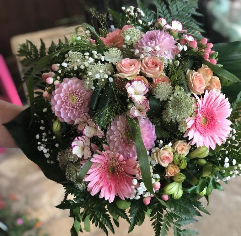 artisan fleuriste à Saint Pierre Eglise