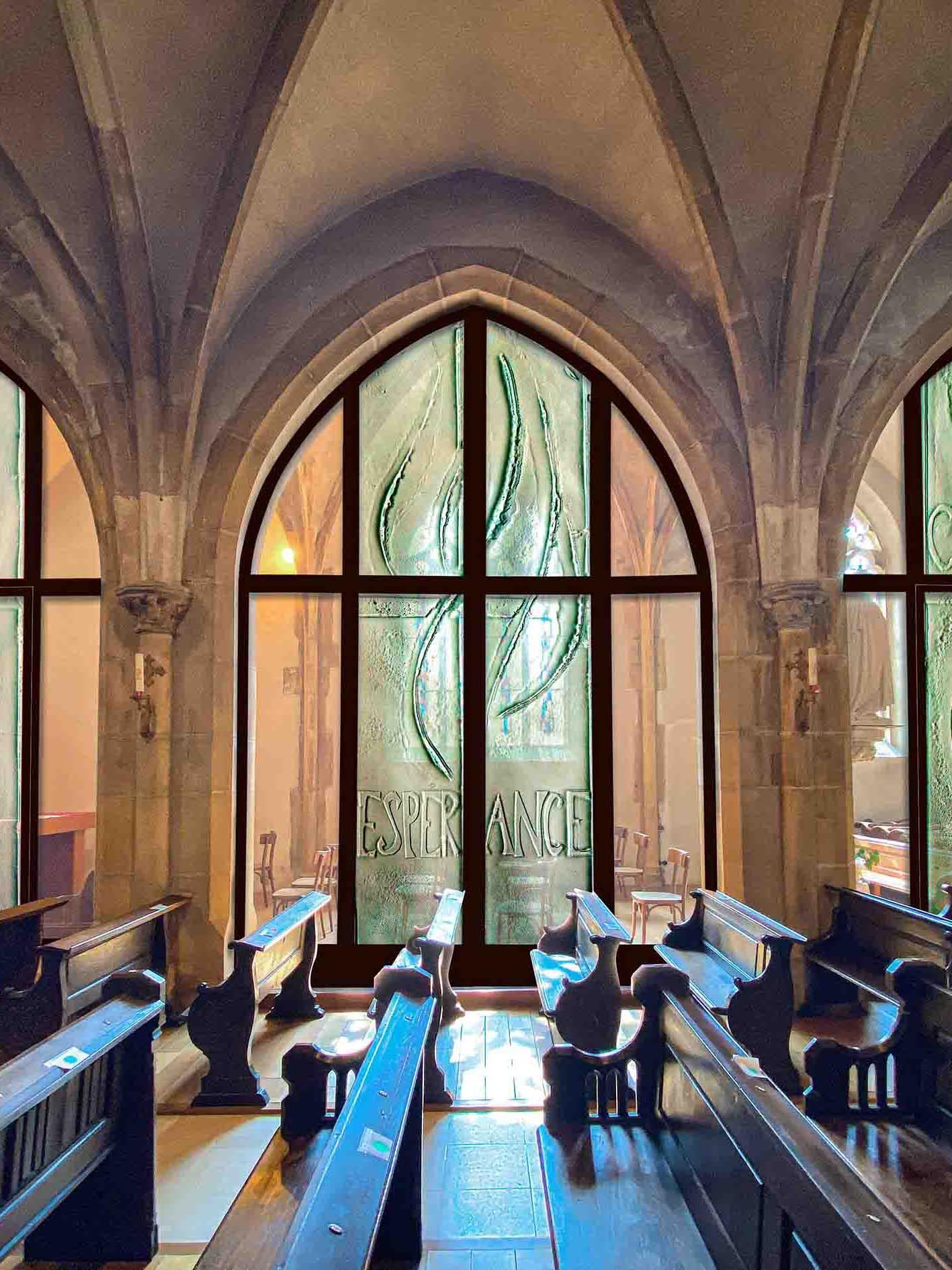 fleur nabert sculpteur église morhange vitraux thermoformé verre
