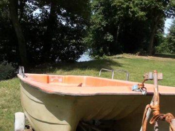 Balade en barque à l'île enchantée