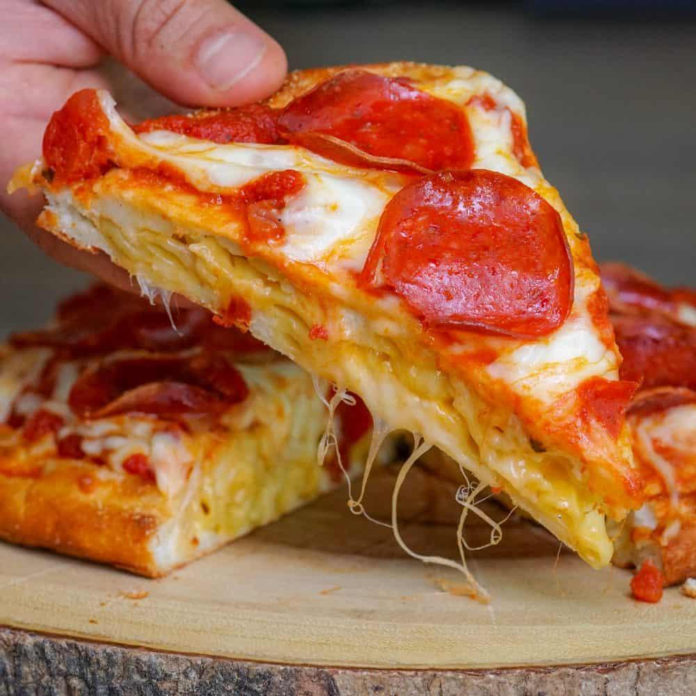 Mac & Cheese Stuffed Pizza
