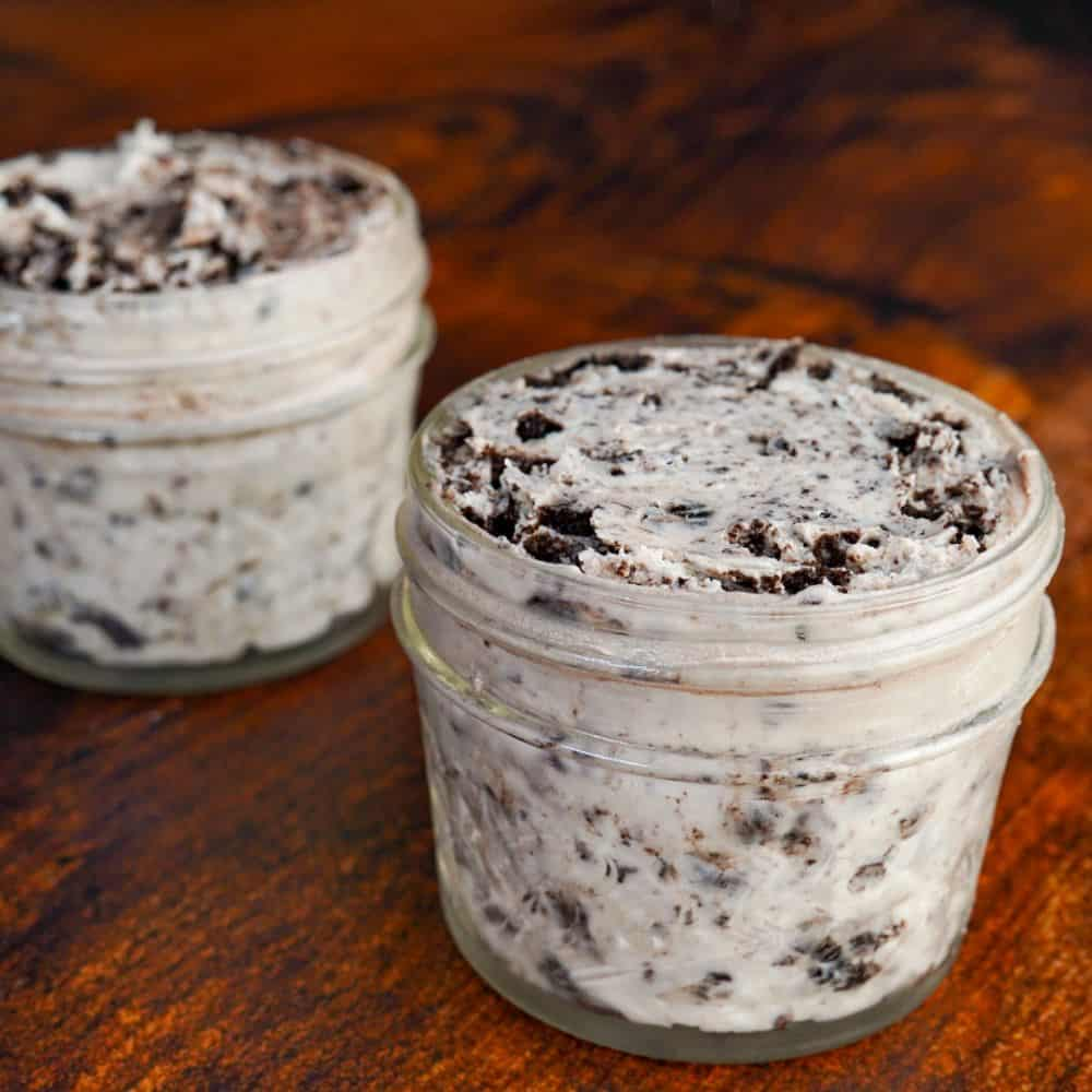Oreo Cheesecake Protein Frosting